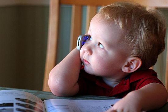 Беспроводные технологии могут быть опасны для детей
