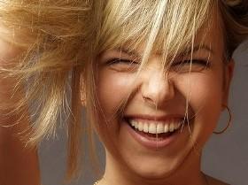 Смех помогает бороться с болью