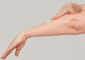 Стригущий лишай - одно из самых неприятных болезней на коже человека.