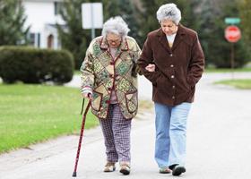 Переломы шейки бедра у пожилых людей
