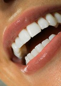 Здоровые и белые зубы