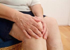 Лечение боли в колене
