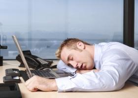 Утренняя усталость чаще беспокоит людей-«сов»