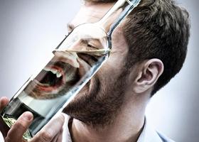 Алкоголь опаснее, чем вирусы и бактерии