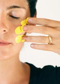 Желтый оттенок кожи