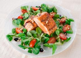 Белковая еда помогает снизить давление