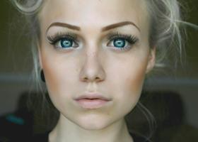 Цветные линзы плохо влияют на зрение