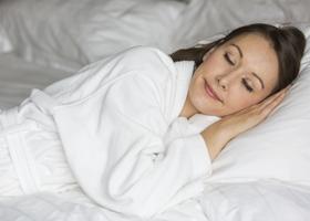 Почему немеют руки по ночам