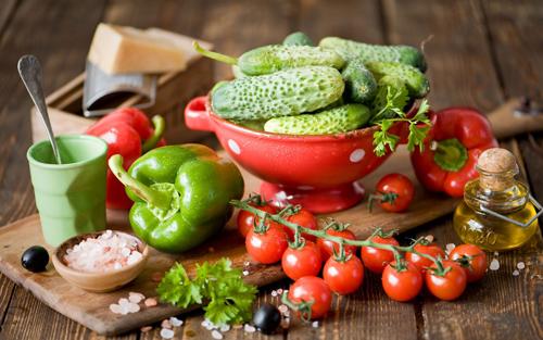 Свежие овощи необходимы для снижения холестерина