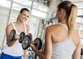 Ученые рассказали, почему иногда сложно похудеть, посещая спортзал