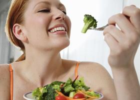 Похудеть можно, прекратив есть после 14.00