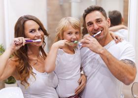 Здоровье зубов человека зависит от его окружения