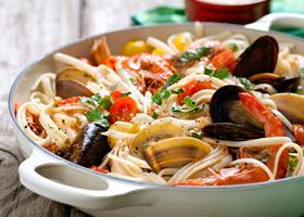 Томатная паста с морепродуктами