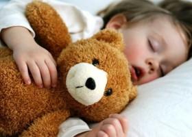 Почему ребенок много спит?