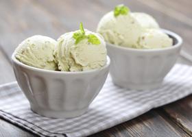 Мороженое способно вызвать головную боль