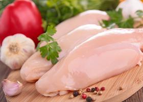 Свежее куриное филе
