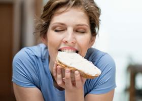 Паузы в диетах помогут похудеть быстрее