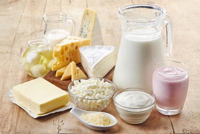 В рацион необходимо включать кисломолочные продукты