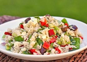 Рисово-сырный салат
