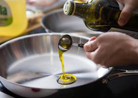 Подсолнечное масло и рыбий жир могут плохо влиять на печень