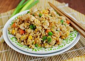 Куриное филе с рисово-овощной смесью