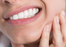 Медики смогут восстанавливать естественную зубную эмаль