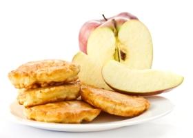 Оладьи яблочные