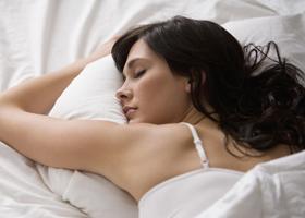 Отсыпаясь на выходных, можно похудеть