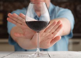 Отказ от спиртного может привести к деменции