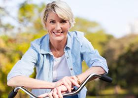 Пожилым женщинам вредно сбрасывать вес