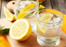 От похмелья спасет газировка с лимонным соком