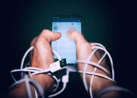 Ученые рассказали о привычках в соцсетях, ведущих к депрессии