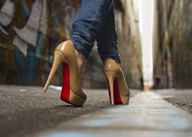 Высокие каблуки полезны для здоровья?