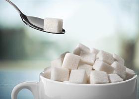 Чрезмерное потребление сахара провоцирует болезнь Альцгеймера