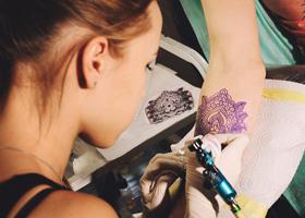 Эксперты рассказали о новом опасном влиянии татуировок