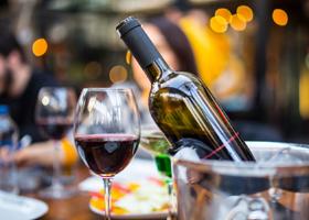 Красное вино может заменить занятия в спортзале?