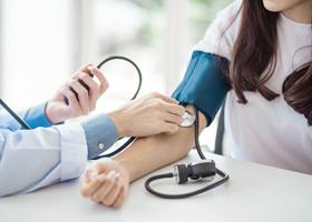 Разница в давлении на руках повышает риск проблем с сердцем