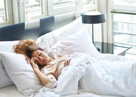 Привычка спать днем может быть обусловлена наследственной склонностью