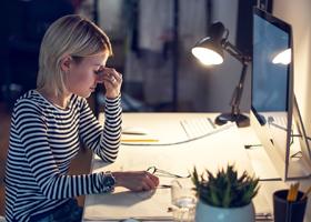 Работа в ночную смену повышает вероятность развития рака